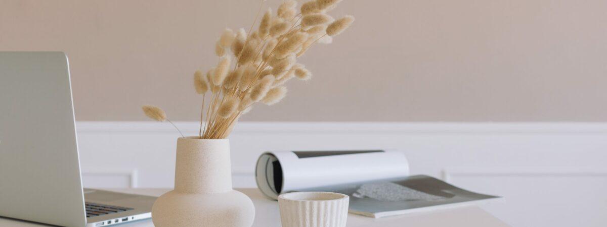 modern-workplace-minimal-style_t20_aazWgP